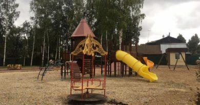 К 1 сентября в Слободском благоустроят детский парк